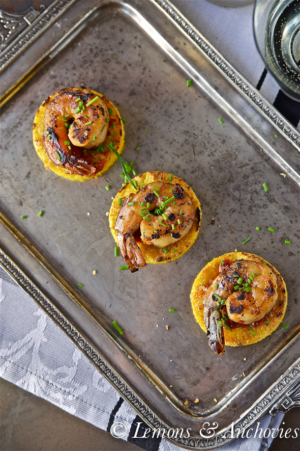 Prawns on Crisp Polenta Rounds_-2