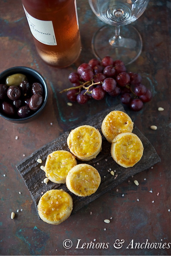 Cheese Sablés with Pine Nuts-3