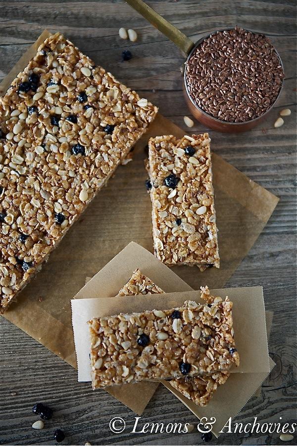 Blueberry Breakfast Bars (No Bake)