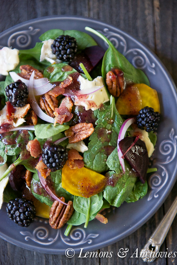 Spinach & Roasted Beet Salad with Berry-Balsamic Vinaigrette | http://lemonsandanchovies.com