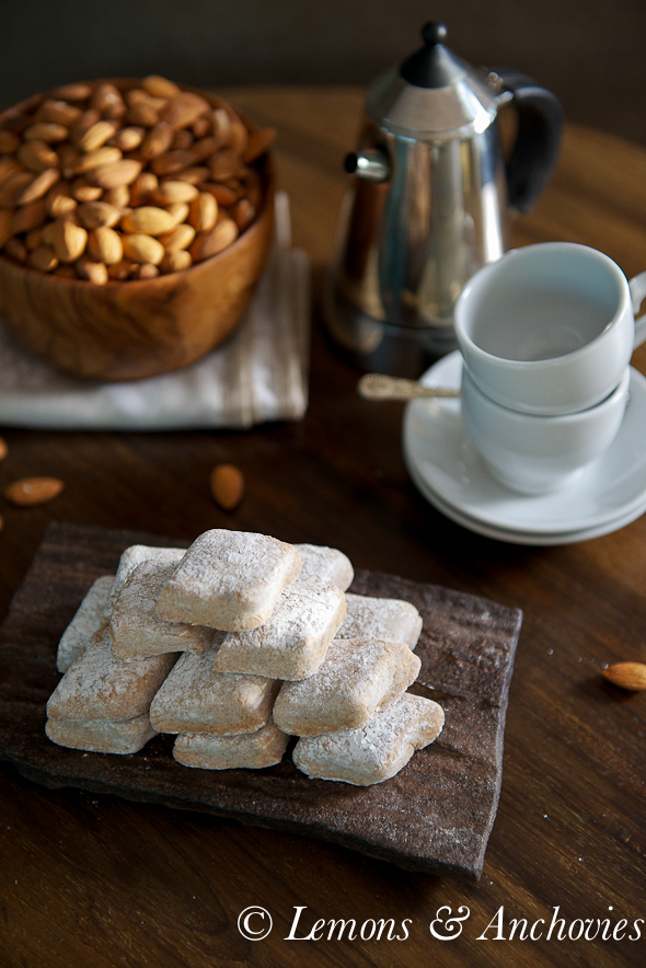 Ricciarelli: Almond Paste Cookies @lemonsanchovies