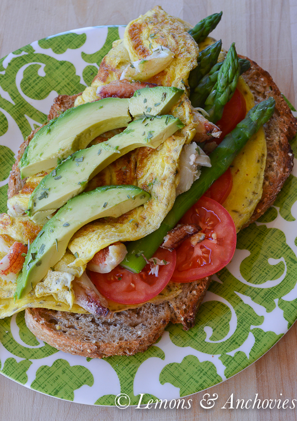 Crab, Asparagus and Avocado Omelet @lemonsanchovies